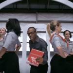ダンスと歌がアメリカン!ヴァージンアメリカ社のセーフティー動画
